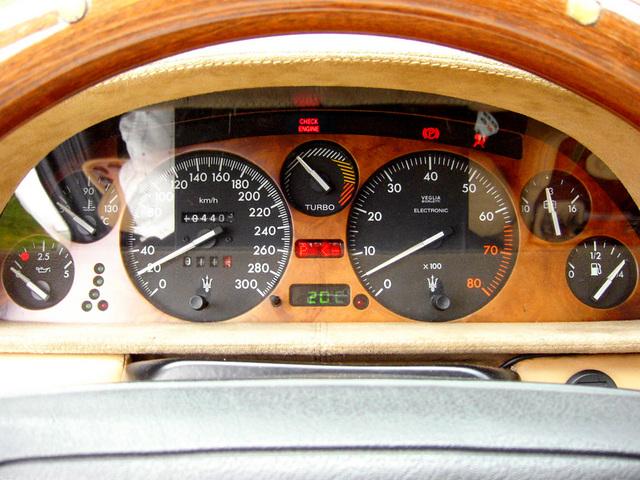 02_Quattroporte_parts_meter_01+check_engine.jpg