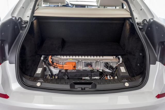 BMW-5-Series-GT-Fuel-Cell-eDrive-technology-57.jpg