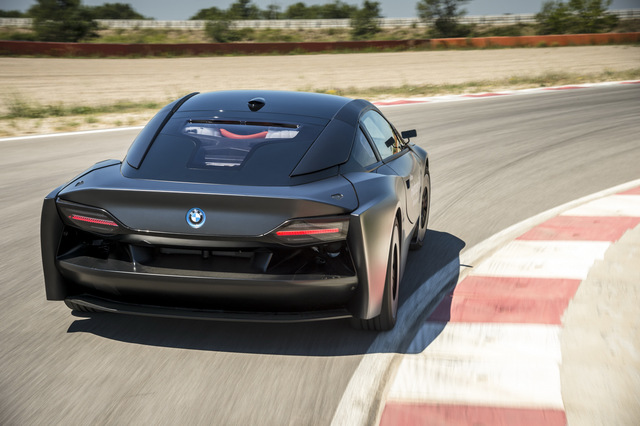BMW_i8_Hydrogen_Fuel_Cell_prototype_14.jpg