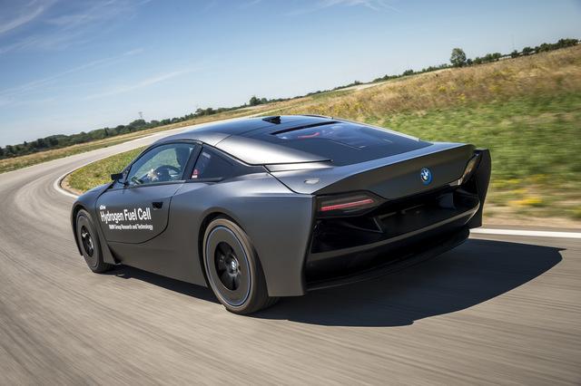 BMW_i8_Hydrogen_Fuel_Cell_prototype_16.jpg