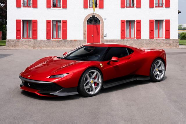 Ferrari_SP38_2018_03.jpg