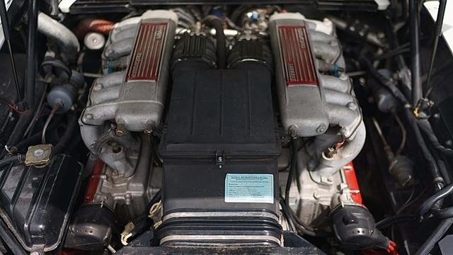 Ferrari_Testarossa_used_in_Miami_Vice_15.jpg