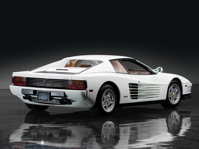 Ferrari_Testarossa_white_04.jpg