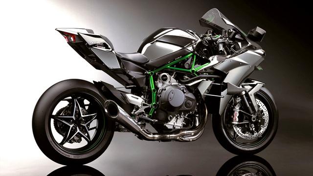 Kawasaki-Ninja-H2R-2.jpg