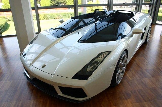 Lamborghini_Concept_S_2005_20.jpg