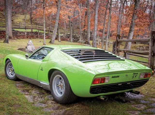 Lamborghini_Miura_13.jpg