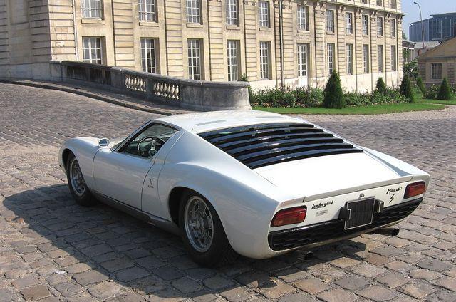 Lamborghini_Miura_14.jpg