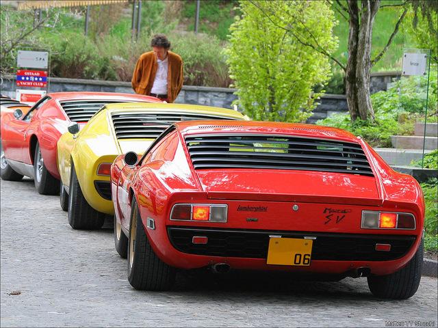 Lamborghini_Miura_16.jpg