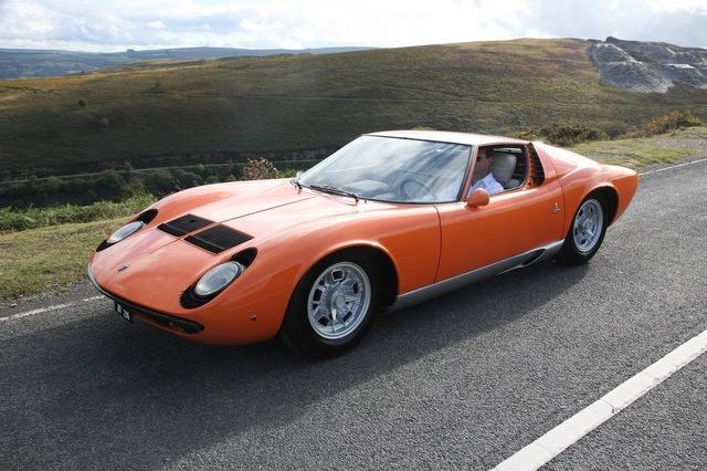 Lamborghini_Miura_1968_The_Italian_Job_01.jpg