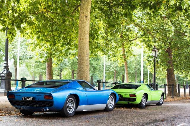 Lamborghini_Miura_21.jpg