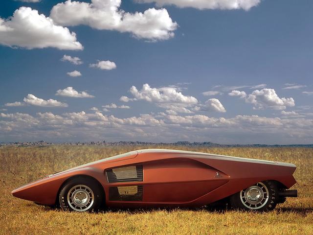 Lancia_Stratos_Zero_by_Bertone_33.jpg