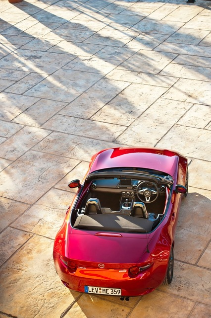 Mazda_new_Roadster_ND_04.jpg
