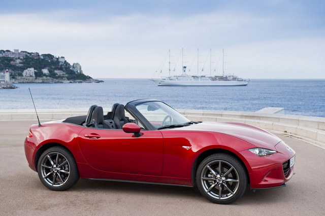 Mazda_new_Roadster_ND_06.jpg