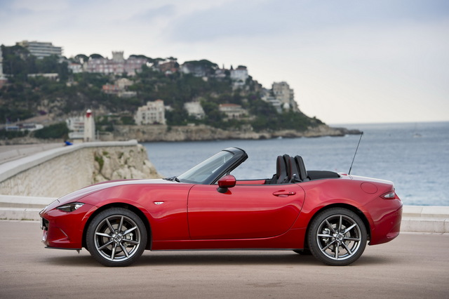 Mazda_new_Roadster_ND_08.jpg
