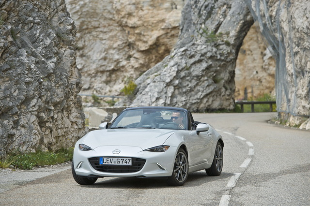 Mazda_new_Roadster_ND_10.jpg