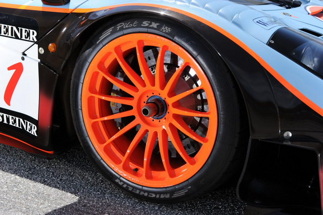 McLaren_F1_GTR_1977_Longtail_For_Sale_03.jpg
