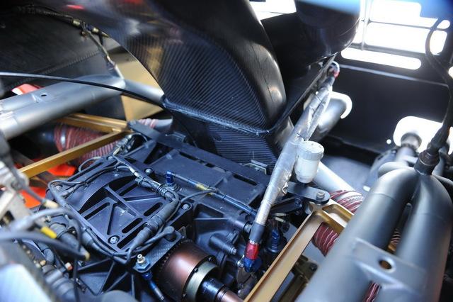 McLaren_F1_GTR_1977_Longtail_For_Sale_18.jpg