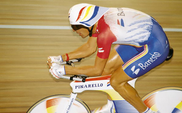 Miguel-Indurain-Hour-Record.jpg