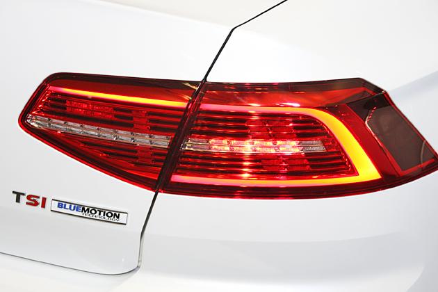 VW_Passat_2015_11.jpg