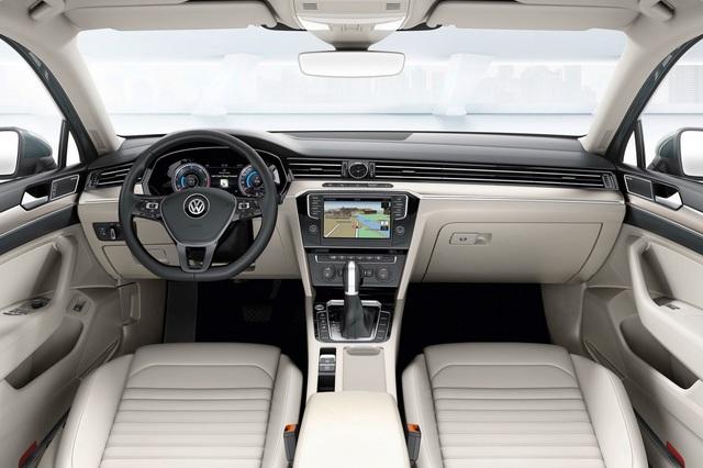 VW_Passat_2015_33.jpg