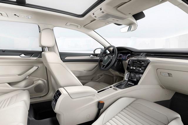 VW_Passat_2015_36.jpg