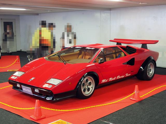 03_Lamborghini_Countach_LP500S_Wolf_Special_01.JPG