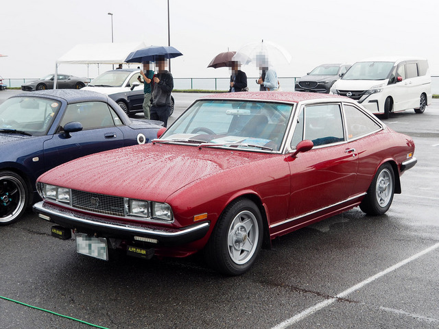 11_Isuzu_117_Coupe_後期型_01.JPG