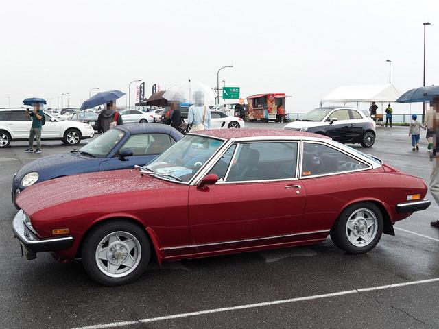 11_Isuzu_117_Coupe_後期型_02.JPG