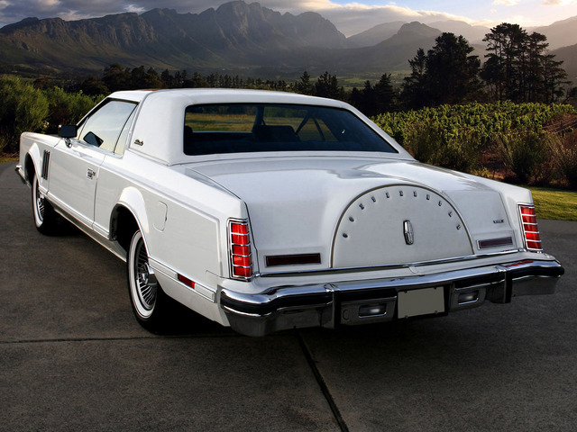 1977_Lincoln_Continental_Mark_V_classic_luxury_mark__f_1600x.jpg
