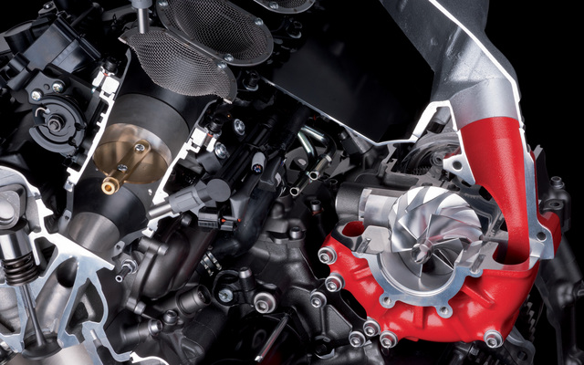 2014-Kawasaki-Ninja-H2R-SuperCharged-Engine.jpg