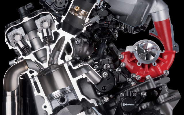 2014-Kawasaki-Ninja-H2R-SuperCharged-Engine2.jpg