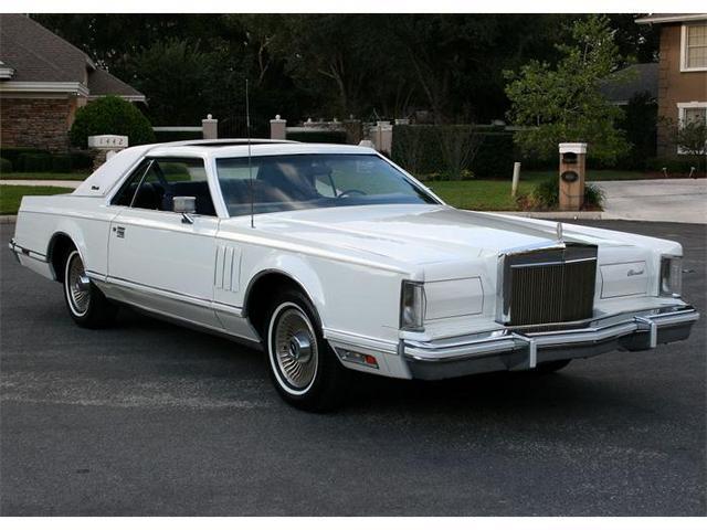 335104_13424279_1979_Lincoln_Continental+Mark+V.jpg