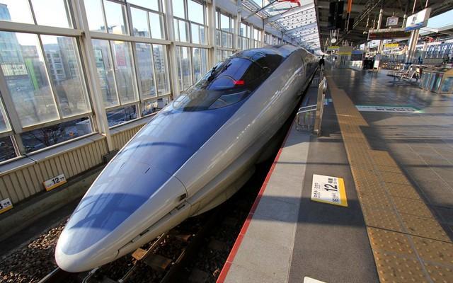 500_type_Shinkansen_18.jpg