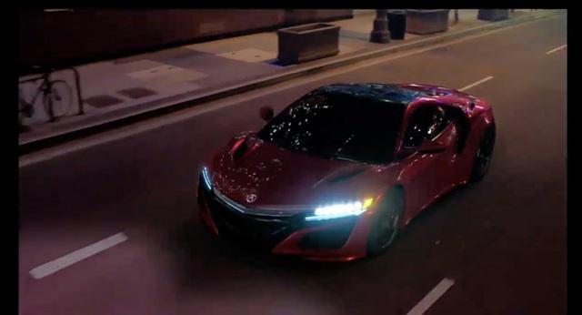 Acura_NSX_2015_Detroit_12.jpg
