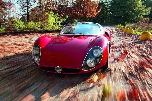 Alfaromeo_Tipo33_Stradale_02.jpg