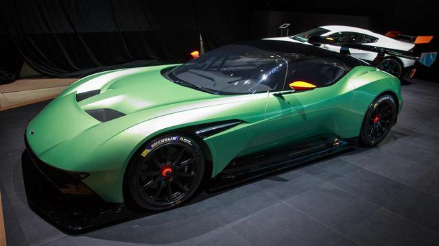 Aston_Martin_Vulcan_2015_05.jpg