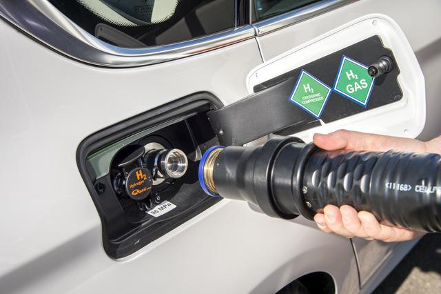 BMW-5-Series-GT-Fuel-Cell-eDrive-technology-32.jpg