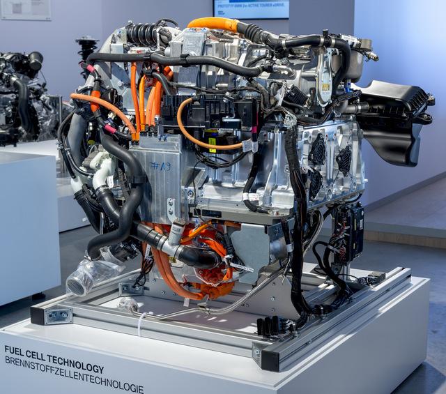 BMW-5-Series-GT-Fuel-Cell-eDrive-technology-39.jpg