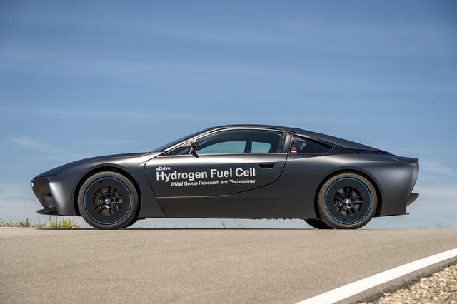 BMW_i8_Hydrogen_Fuel_Cell_prototype_24.jpg