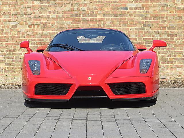 Ferrari_Enzo_for_sale_Vertually_brand_new_06.jpg