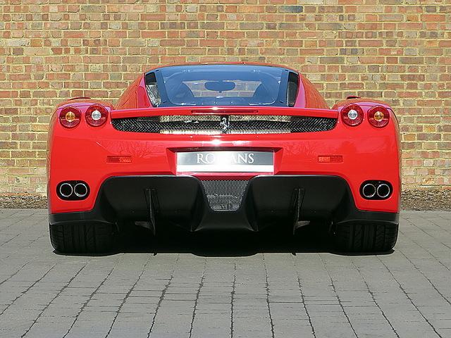 Ferrari_Enzo_for_sale_Vertually_brand_new_07.jpg