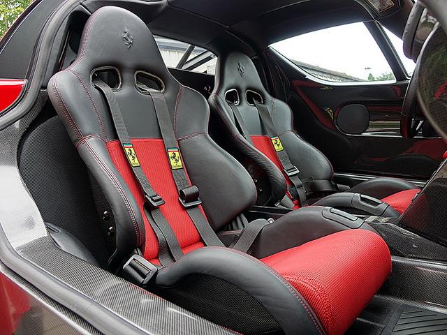 Ferrari_Enzo_for_sale_Vertually_brand_new_13.jpg