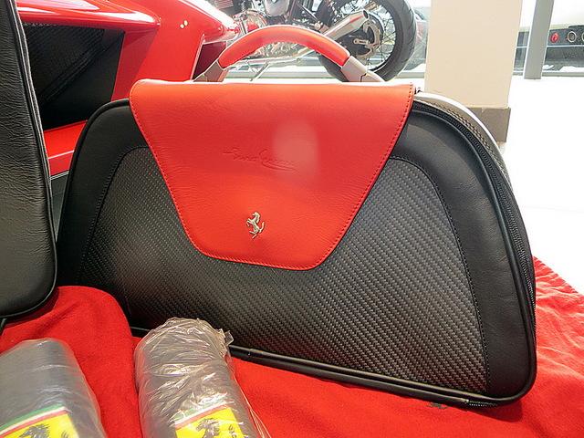 Ferrari_Enzo_for_sale_Vertually_brand_new_17.jpg