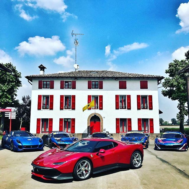 Ferrari_SP38_2018_02.jpg