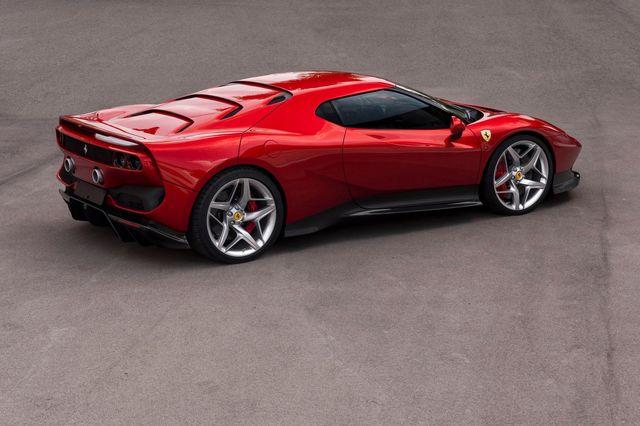 Ferrari_SP38_2018_05.jpg