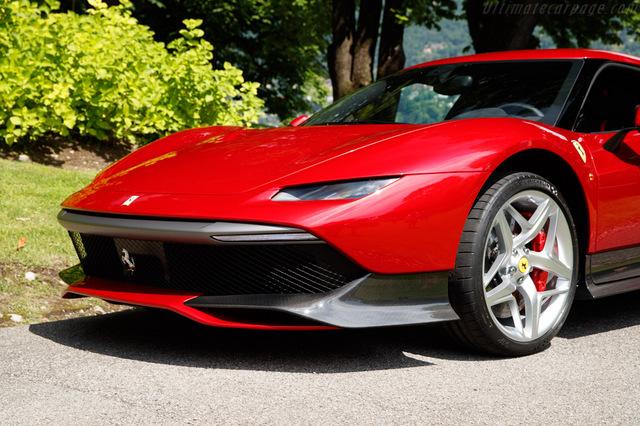 Ferrari_SP38_2018_11.jpg