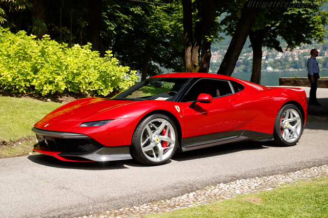 Ferrari_SP38_2018_12.jpg