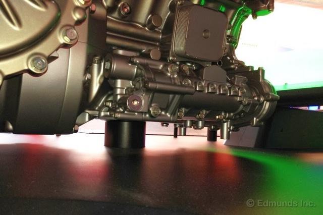Honda_NSX_twin_turbo_V6_3motor_hybrid_4WD_11.jpg