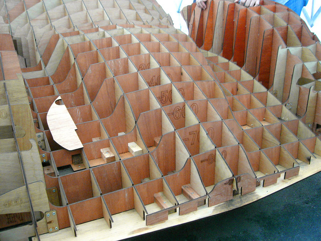 IF-02RDS_RV_clay_model_core_02.jpg