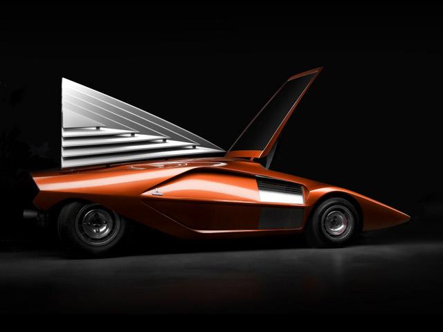 Lancia_Stratos_Zero_by_Bertone_15.jpg
